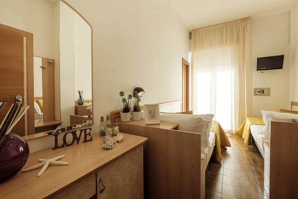hoteloceanic fr chambres-hotel-rimini-bellariva 016