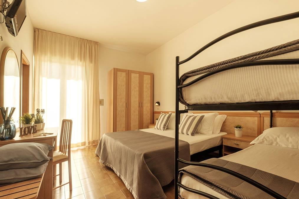 hoteloceanic fr chambres-hotel-rimini-bellariva 024